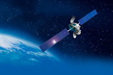 Как Россия потеряла сразу два спутника