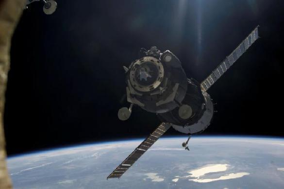 US military, fearing Russian missiles, to abandon costly satellites. 62030.jpeg