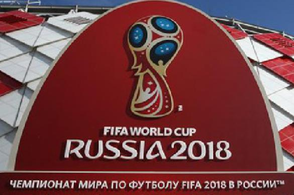 Germany sides with UK against Russia because of football. 62162.jpeg