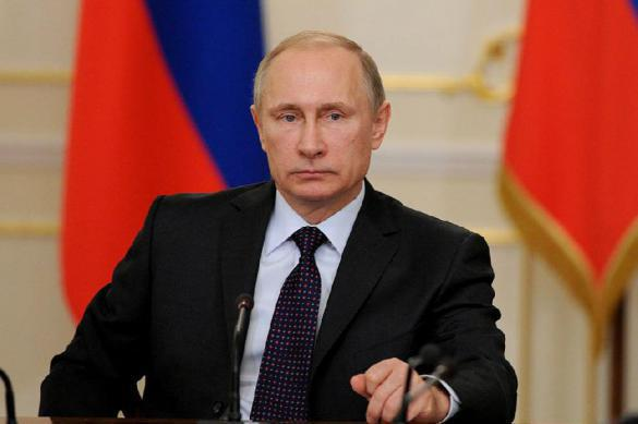 Putin interrupts meeting of Council for Culture to make an urgent phone call. 61723.jpeg
