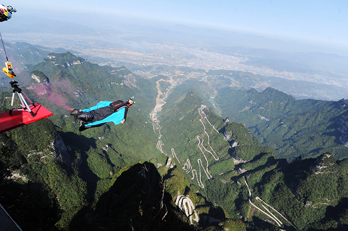 Contest of flying people held in China