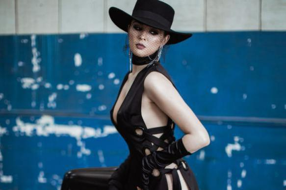 Ukrainian singer Maruv wins MTV EMAs as best Russian act
