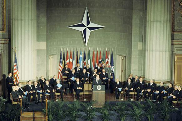 NATO: Built against USSR, doomed to lose battle against Russia