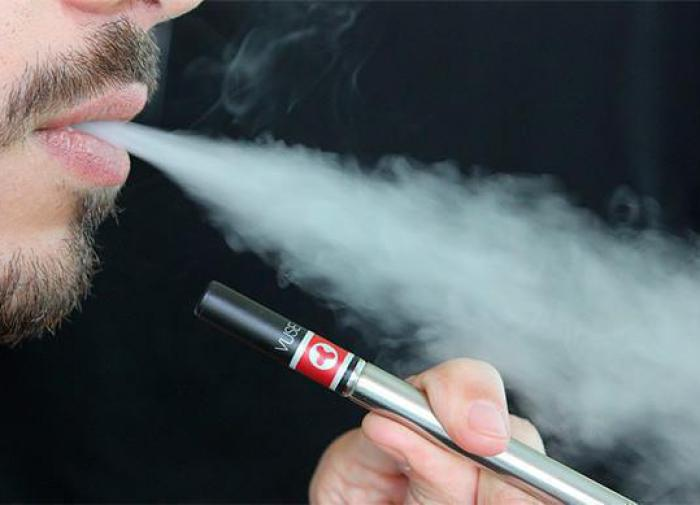 Moscow teenager suffers severe lung injury due to the use of vapes