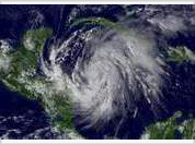 Wilma multiplies its power to Category 5 hurricane