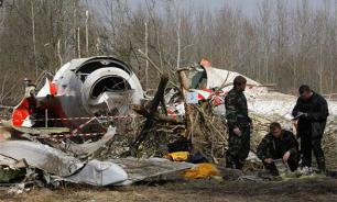 Poland's ex-president claims Kaczynski brothers responsible for Smolensk plane crash