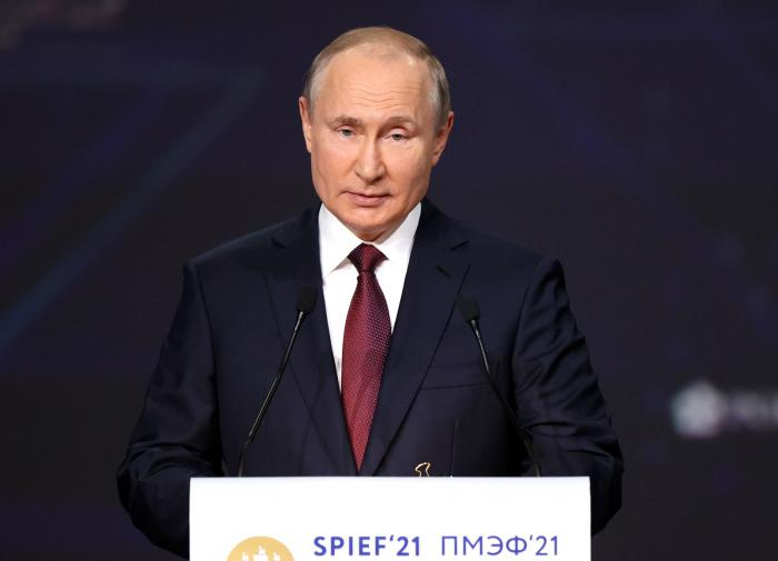 Putin shares impressions about his talks with Belarus president