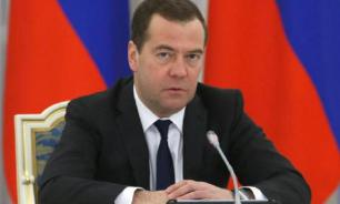 Russian PM Medvedev: USA undermines relationship with Russia for decades