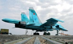 Two Su-34 fighters touch wings in midair and crash into the sea in Russia's Far East