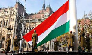 Ukraine threatens to batter Hungarian army