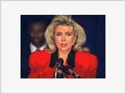 Bill Clinton's former lover, Gennifer Flowers, still haunts his and Hillary's bedroom