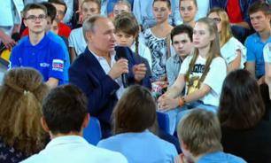 Putin's Q&A with kids: Live normal life, respect other people, admire Tchaikovsky