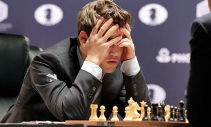 Magnus Carlsen loses to Russia's Karjakin and walks out of press conference
