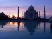 Indian Taj Mahal in danger of collapse