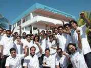 Over 22,000 foreign doctors trained by Cuba in 2011