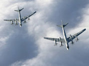 Russian bomber planes fly to Crimea