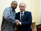 US boxer Roy Jones becomes Russian citizen