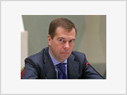 Medvedev Cracks Down on Russian Navy Administration
