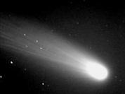 U.S. spacecraft brings comet dust to Earth