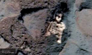Dead alien found on Mars