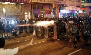 Hong Kong rioters should never fight against their own country