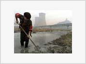 China dumps toxic waste in the world's seas