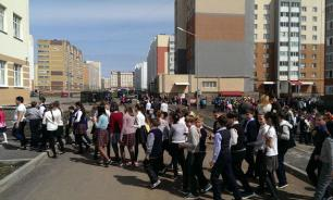 Mass evacuations in Russia as bombs were reported in schools and shopping centres