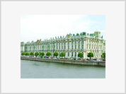 Museum staff help to steal exhibits from the Hermitage
