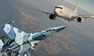 Su-27 flies too close to USA's patrol aircraft near Crimea