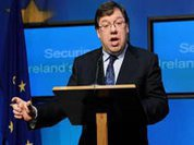 Irish prime minister escapes from economic trouble