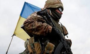 Kiev gathers troops near Crimea