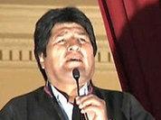 Bolivia's Morales wants UN to chew coca leaves