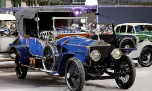 Russian Emperor's blue convertible Rolls-Royce available online