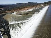 USA's highest dam to cause 30ft wall of water to fall on Oroville