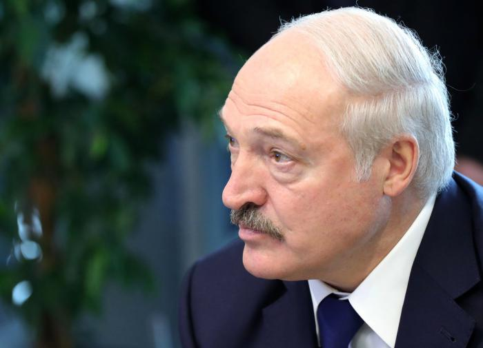 Lukashenko does not even think to leave