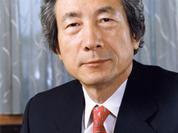 Koizumi ignores Russia's Victory Day