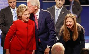 Hillary Clinton, infinite lies and Islamic State