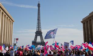 The French massively protest against same-sex marriage