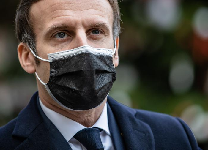 Kremlin responds to Macron's 'vaccine war' attacks