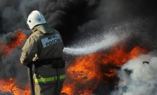 Fire engulfs entire factory building in St. Petersburg