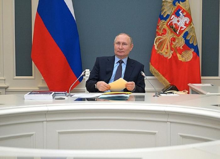 The Kremlin unveils Putin's earnings in 2020