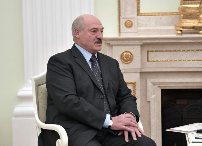 Lukashenko believes the West manipulates Belarus protesters from space