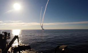 Beautiful and terrifying: Russia shows video of Bulava ICBM underwater salvo launch