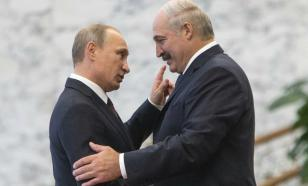 Putin supports Lukashenko and gives him $1.5 billion