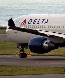 Two passenger jets collide in USA