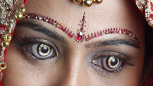 Diamond-encrusted contact lenses