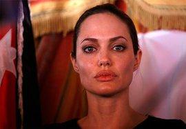 Западные СМИ предполагают: Анджелина Джоли