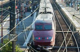В скоростном поезде Амстердам-Париж неизвестный напал на нескольких пассажиров