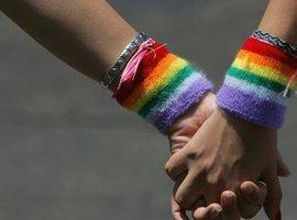 В Великобритании гомосексуализм лечат...при помощи ударов электрическим током
