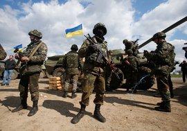 Украинская 'показуха': на майских праздниках будут 'постановочные бои'?